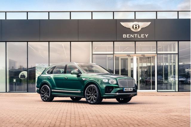 Bentley Bentayga khoe trang bị 'khủng nhất thế giới': Đúc từ carbon, mất 5 năm phát triển - Ảnh 4.