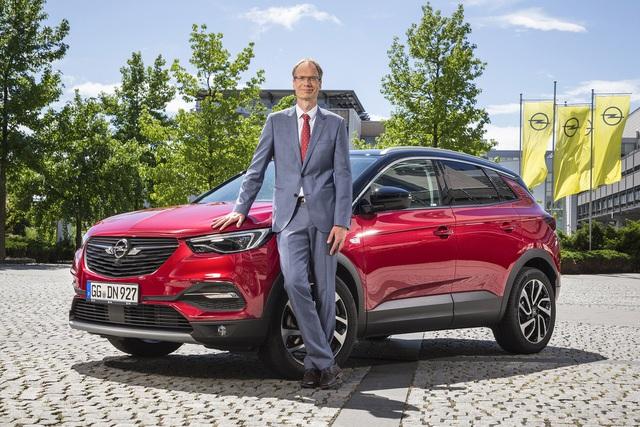 Soi tiểu sử Giám đốc điều hành VinFast toàn cầu: 20 năm làm sếp 3 hãng xe lớn, cứu Opel từ thua lỗ tới tăng trưởng - Ảnh 1.