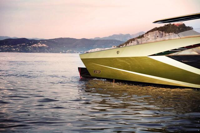 Tay đấm khét tiếng chi gần 100 tỷ mua siêu du thuyền như Lamborghini Sián - Ảnh 3.