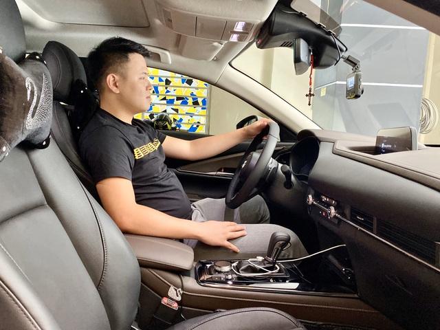 Bán Mazda CX-5 mua CX-30, người dùng đánh giá: Cửa chắc như xe Mercedes, lái sướng hơn hẳn, tất nhiên phải đánh đổi vài thứ - Ảnh 4.