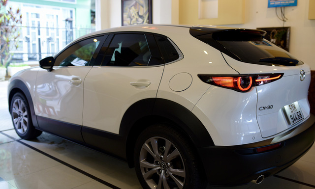Bán Mazda CX-5 mua CX-30, người dùng đánh giá: Cửa chắc như xe Mercedes, lái sướng hơn hẳn, tất nhiên phải đánh đổi vài thứ - Ảnh 3.
