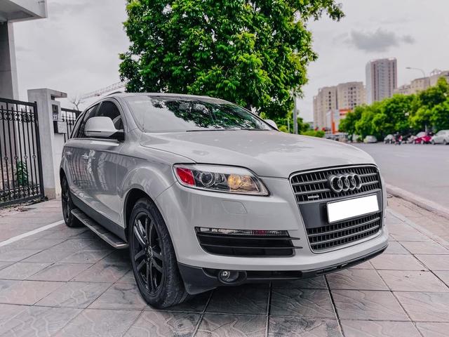 Bán Audi Q7 rẻ hơn VinFast Fadil, chủ xe thành thật: 'Xe này muốn ngon phải bỏ thêm tiền, đi chắc chắn ngốn xăng' - Ảnh 1.