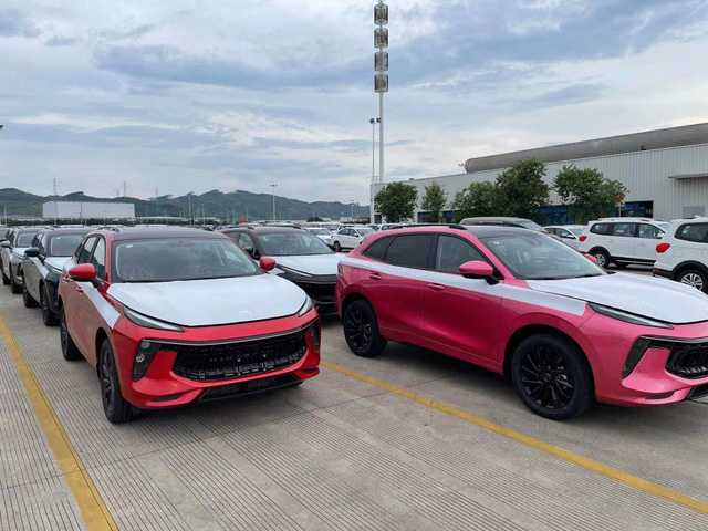 Lô xe Dongfeng T5 Evo đầu tiên lên đường về Việt Nam - Xe Trung Quốc giá 769 triệu đồng đấu Beijing X7 - Ảnh 5.