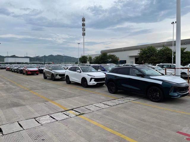 Lô xe Dongfeng T5 Evo đầu tiên lên đường về Việt Nam - Xe Trung Quốc giá 769 triệu đồng đấu Beijing X7 - Ảnh 4.