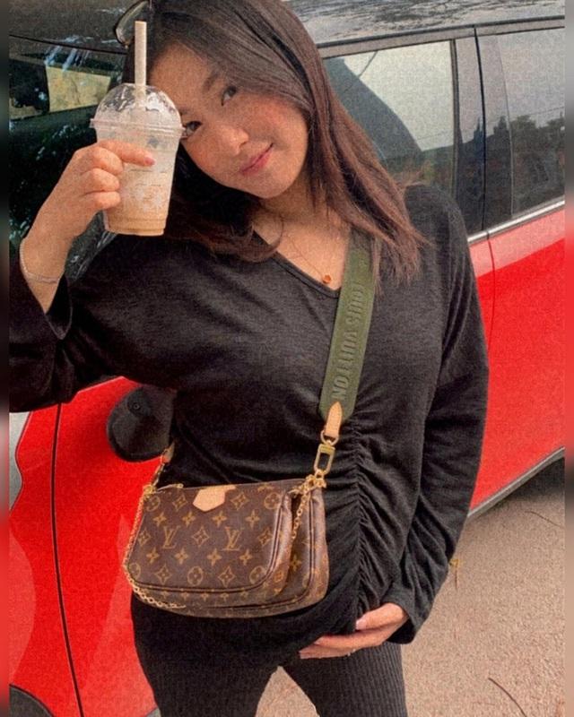 Sắm 2 xe sang + 2 căn chung cư trong chưa đầy 2 năm, vợ chồng Trang Lou - Tùng Sơn giàu cỡ nào? - Ảnh 24.