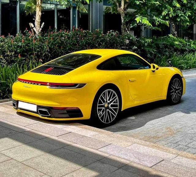 Bán Porsche 911 thế hệ mới với giá hơn 9 tỷ đồng, đại gia khiến CĐM ngã ngửa khi tiết lộ mức ODO - Ảnh 3.