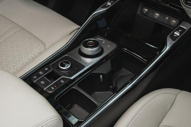 Đâu là loại cần số khó dùng nhất trên ô tô? - Ảnh 4.