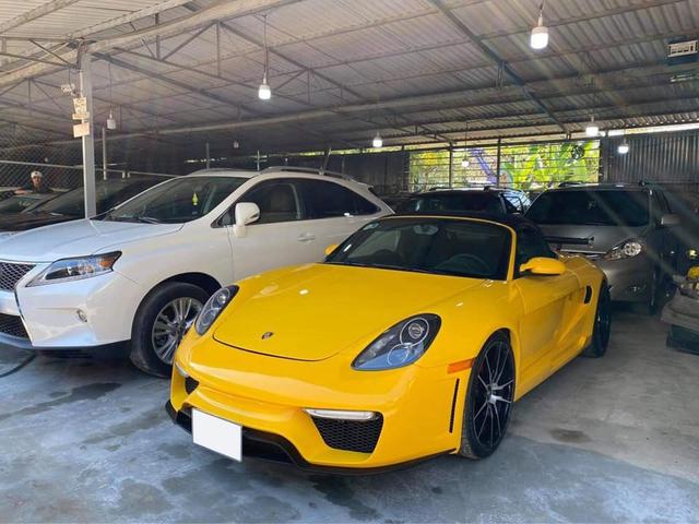 Sự thật phía sau chiếc Porsche Boxster 2018 có giá bán lại chỉ 1,7 tỷ đồng - Ảnh 1.
