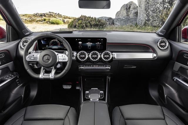 Mercedes-AMG GLB 35 4Matic ra mắt Việt Nam: SUV 7 chỗ nhanh nhất thị trường, giá 2,69 tỷ đồng - Ảnh 7.