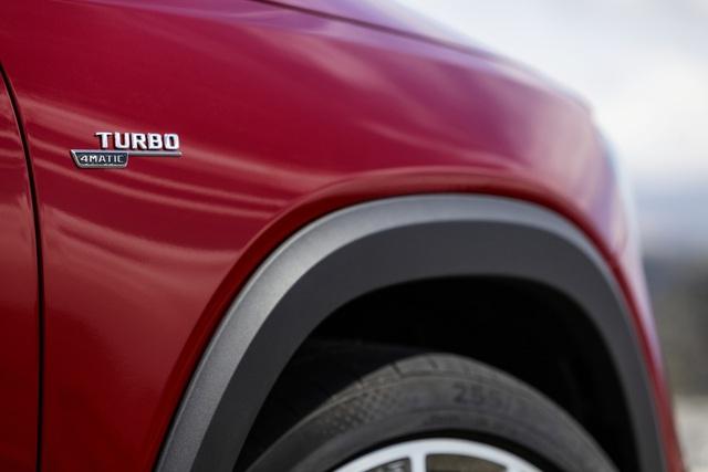 Mercedes-AMG GLB 35 4Matic ra mắt Việt Nam: SUV 7 chỗ nhanh nhất thị trường, giá 2,69 tỷ đồng - Ảnh 6.