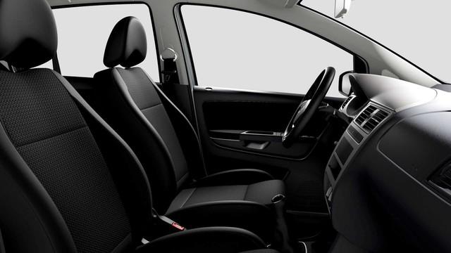 Volkswagen bị chỉ trích vì bán xe với trang bị, tính năng như 30 năm trước - Ảnh 3.