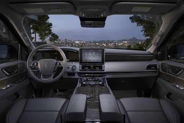 Lincoln Navigator 2022 nhá hàng trước ngày ra mắt, đáp trả Cadillac Escalade - Ảnh 4.