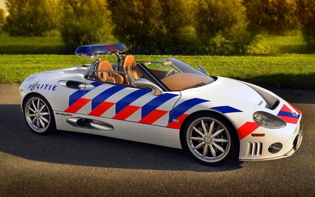 Cảnh sát thế giới dùng xe gì: Ưu tiên xe nội, không thì phải đỉnh cao, đắt khét như siêu xe - Ảnh 10.