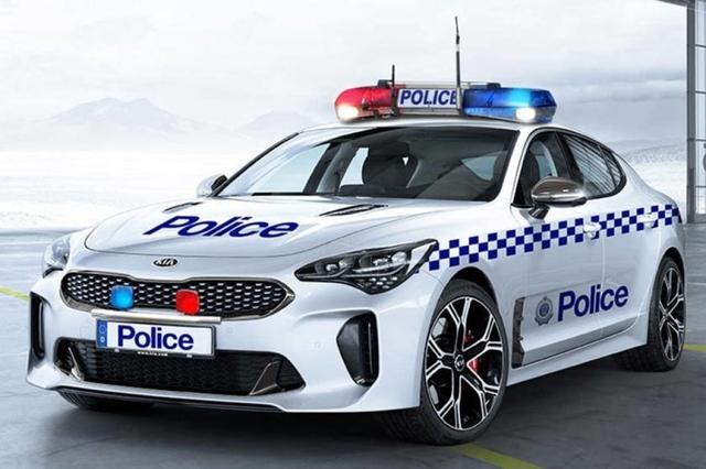 Cảnh sát thế giới dùng xe gì: Ưu tiên xe nội, không thì phải đỉnh cao, đắt khét như siêu xe - Ảnh 4.