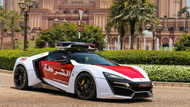 Cảnh sát thế giới dùng xe gì: Ưu tiên xe nội, không thì phải đỉnh cao, đắt khét như siêu xe - Ảnh 15.
