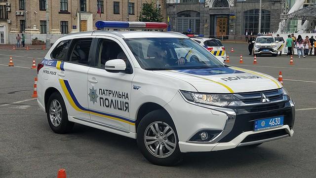 Cảnh sát thế giới dùng xe gì: Ưu tiên xe nội, không thì phải đỉnh cao, đắt khét như siêu xe - Ảnh 16.