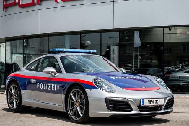 Cảnh sát thế giới dùng xe gì: Ưu tiên xe nội, không thì phải đỉnh cao, đắt khét như siêu xe - Ảnh 5.