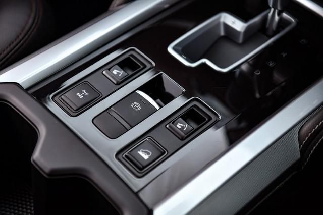 Ra mắt Nissan Terra 2021 tại Thái Lan: Giá quy đổi hơn 800 triệu đồng, tiện nghi như xe sang, chờ ngày về Việt Nam đấu Toyota Fortuner - Ảnh 15.