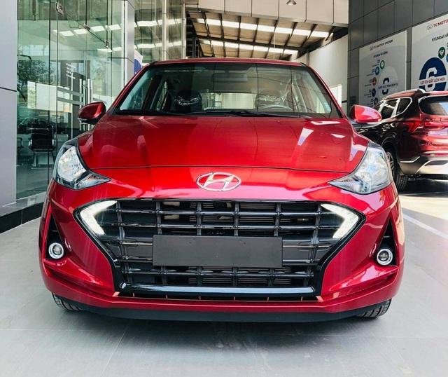 Lộ diện Hyundai Grand i10 2021 tại đại lý: Ra mắt cuối tuần này, đối thủ đe dọa vua phân khúc VinFast Fadil - Ảnh 1.