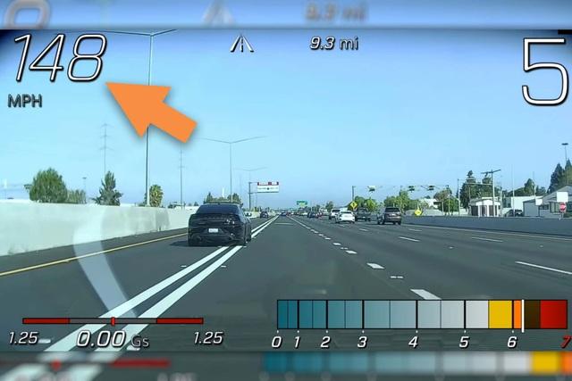 Thợ lấy Chevrolet Corvette của khách đi đua, đại lý đền luôn xe mới để lấy lại lòng tin người dùng - Ảnh 1.