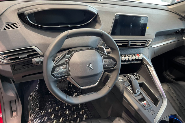 Chờ bản mới, Peugeot 5008 dọn kho giảm giá kỷ lục 155 triệu đồng tại đại lý: Còn dưới 1 tỷ đồng, ngang ngửa Honda CR-V - Ảnh 3.