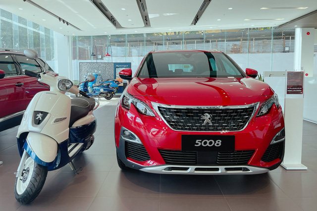 Chờ bản mới, Peugeot 5008 dọn kho giảm giá kỷ lục 155 triệu đồng tại đại lý: Còn dưới 1 tỷ đồng, ngang ngửa Honda CR-V - Ảnh 1.