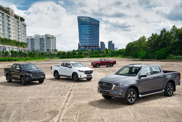 Ra mắt Mazda BT-50 2021 tại Việt Nam: Giá từ 659 triệu đồng, định hướng bán tải đi phố đấu Ford Ranger - Ảnh 2.