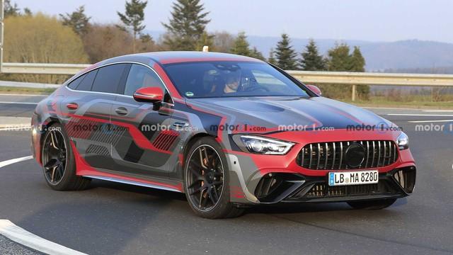 Mẫu xe Mercedes-Benz tăng tốc ngang ngửa siêu xe Ferrari và Lamborghini sẽ ra mắt đầu tháng 9 - Ảnh 1.