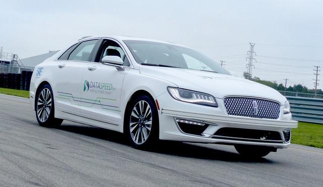 Vì sao VinAI dùng xe Ford và Lincoln để thử 3 công nghệ mới mà không phải VinFast Fadil hay Lux? - Ảnh 4.