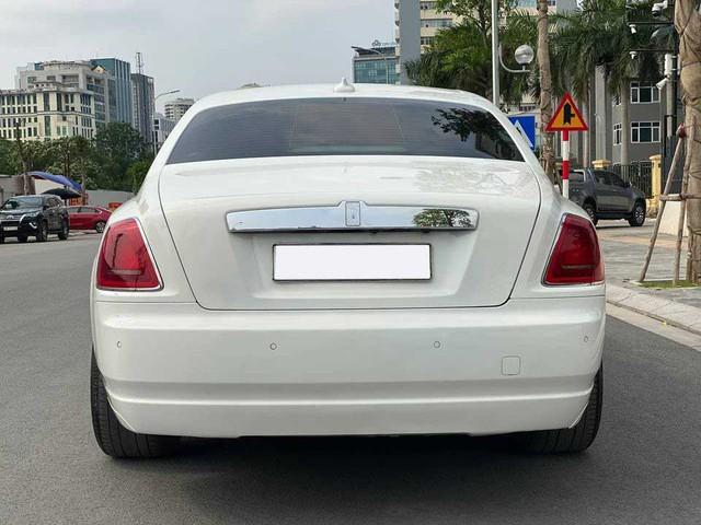 Rolls-Royce Ghost xuống giá, rẻ hơn cả Mercedes-Maybach vài tỷ đồng dù chỉ chạy 50.000km - Ảnh 4.