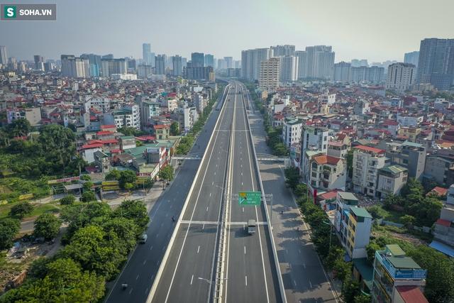 Vẻ đẹp hút hồn như trời Âu của tuyến đường hơn 8.000 tỷ đồng, 12 làn xe giữa Thủ đô trong thời điểm giãn cách - Ảnh 11.