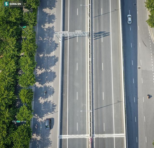 Vẻ đẹp hút hồn như trời Âu của tuyến đường hơn 8.000 tỷ đồng, 12 làn xe giữa Thủ đô trong thời điểm giãn cách - Ảnh 14.