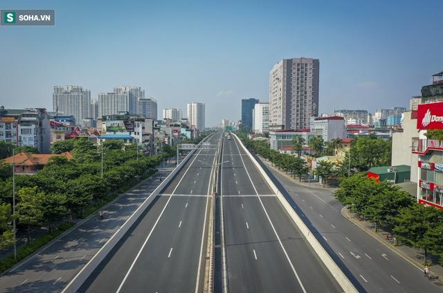 Vẻ đẹp hút hồn như trời Âu của tuyến đường hơn 8.000 tỷ đồng, 12 làn xe giữa Thủ đô trong thời điểm giãn cách - Ảnh 15.