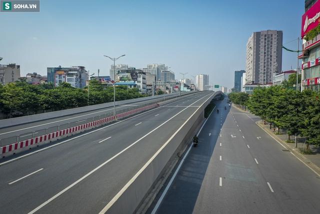 Vẻ đẹp hút hồn như trời Âu của tuyến đường hơn 8.000 tỷ đồng, 12 làn xe giữa Thủ đô trong thời điểm giãn cách - Ảnh 3.