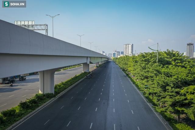 Vẻ đẹp hút hồn như trời Âu của tuyến đường hơn 8.000 tỷ đồng, 12 làn xe giữa Thủ đô trong thời điểm giãn cách - Ảnh 4.