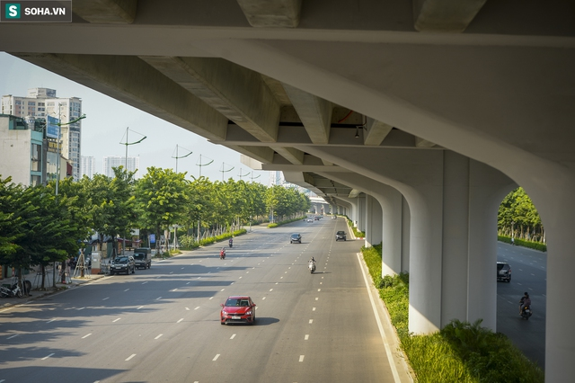 Vẻ đẹp hút hồn như trời Âu của tuyến đường hơn 8.000 tỷ đồng, 12 làn xe giữa Thủ đô trong thời điểm giãn cách - Ảnh 7.
