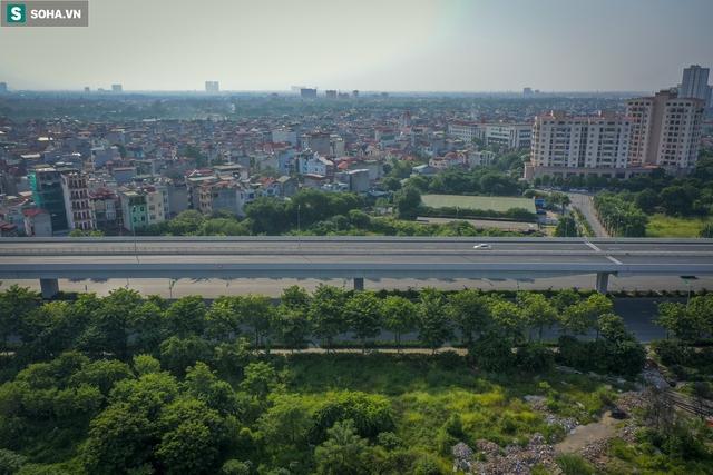 Vẻ đẹp hút hồn như trời Âu của tuyến đường hơn 8.000 tỷ đồng, 12 làn xe giữa Thủ đô trong thời điểm giãn cách - Ảnh 8.