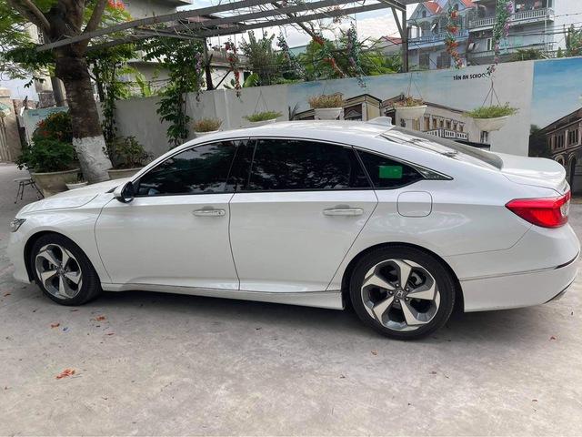 'Nghỉ chơi' với Camry, Mazda6 để tậu xe ế Honda Accord 2020, loạt người dùng nói: 'Còn điểm chê nhưng không thể thay thế' - Ảnh 3.