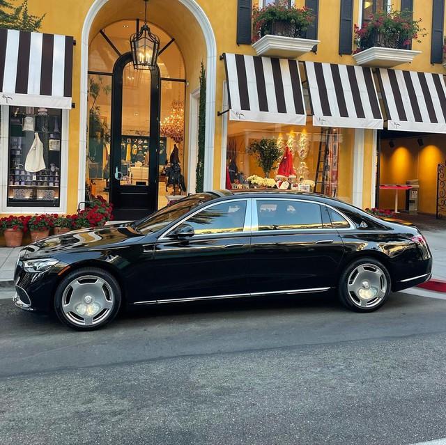 Tay đấm Floyd Mayweather mua Mercedes-Maybach S 580 - Xe sang nhiều người mong ước nhưng chỉ 'lót đường' trong bộ sưu tập siêu xe xa xỉ