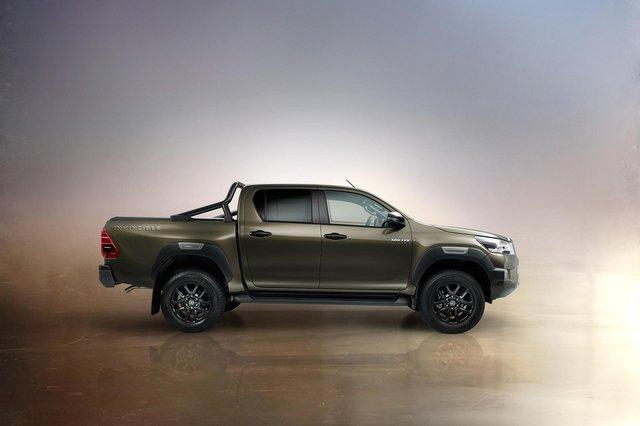 Bán quá chạy, Toyota Hilux bị các đại lý đánh tráo linh kiện giả kiếm lời - Ảnh 2.