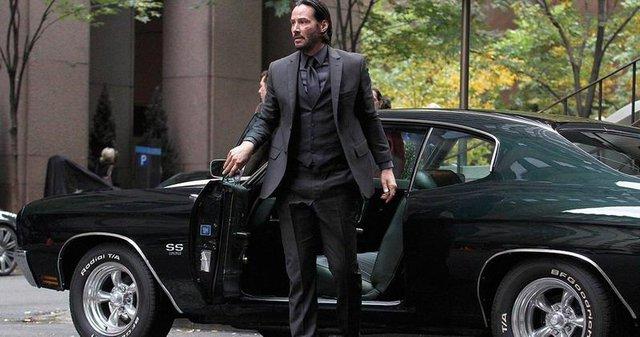 Những khoảnh khắc xuất thần của các nam tài tử Hollywood khi bước xuống xe: Hào nhoáng trên thảm đỏ, phong độ cả ngày thường - Ảnh 4.