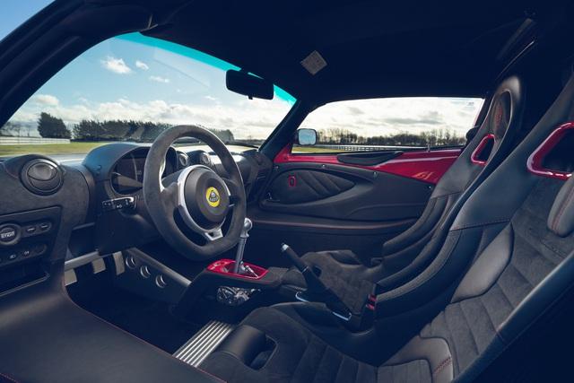 Rộ tin Lotus Exige Sport 420 đầu tiên về Việt Nam: Xe thể thao hàng hiếm có một chi tiết cực kén người chơi, cạnh tranh Porsche Cayman - Ảnh 4.