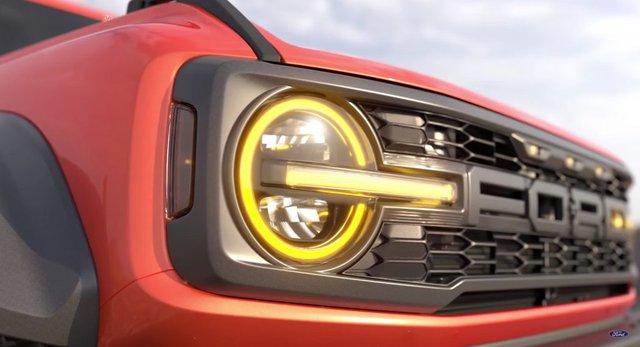 Hé lộ hình ảnh thực tế mẫu xe Ford Raptor thứ 3: Nguyên gốc là SUV đang cháy hàng và cũng được chào bán về Việt Nam - Ảnh 1.