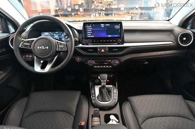Kia Cerato 2022 nhận cọc tại đại lý, sắp ra mắt tháng 10: Ngoài thiết kế mới có thể còn màn hình to và phanh tay điện tử - Ảnh 3.