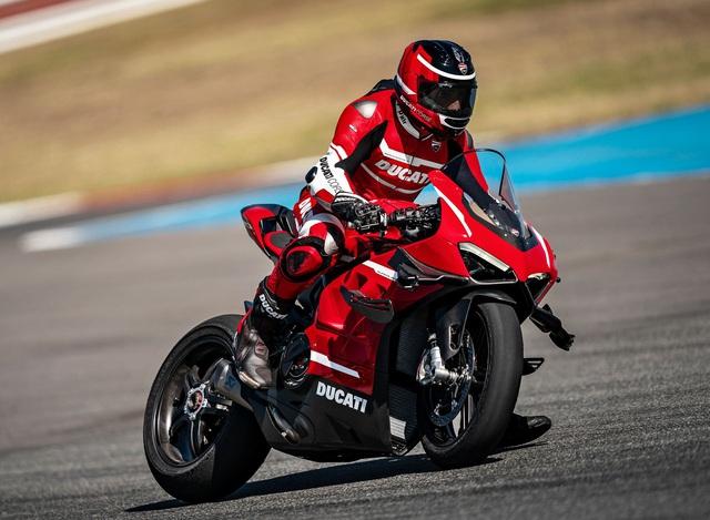 Xem trước siêu mô tô Ducati 6 tỷ mà Minh Nhựa đặt mua đầu năm nay: Số lượng giới hạn, ưu tiên cho những đội đua chuyên nghiệp - Ảnh 1.