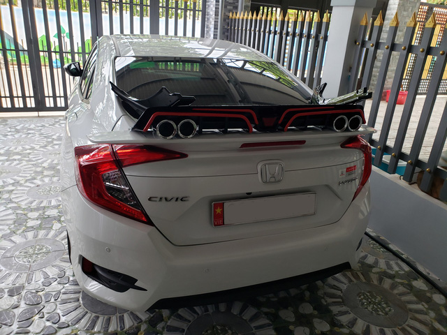 Người dùng Honda Civic: 'Mua vì giảm giá nhưng vẫn thấy nội thất không xứng tiền bỏ ra' - Ảnh 3.