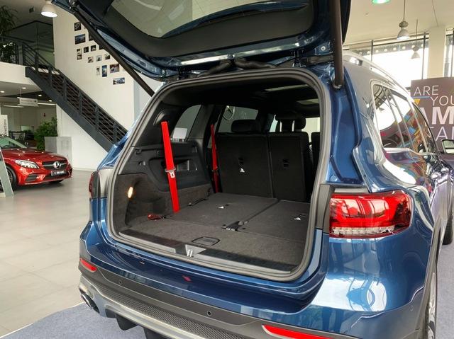 Mercedes-AMG GLB 35 ồ ạt về đại lý: SUV 7 chỗ mạnh nhất Việt Nam cho dân chơi mê tốc độ, giá đắt hơn GLC 300 - Ảnh 11.