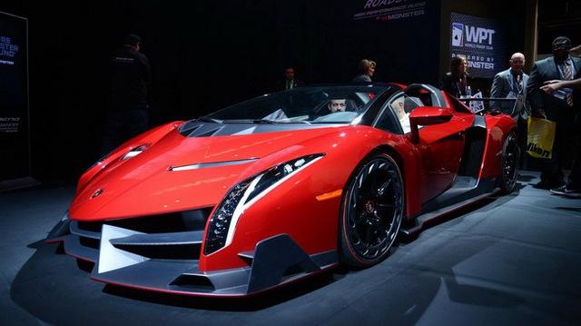 Mượn siêu xe đắt nhất thế giới để khoe loa tại CES 2014