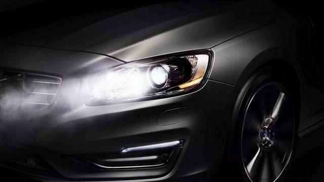 Volvo ra mắt hệ thống đèn pha mới