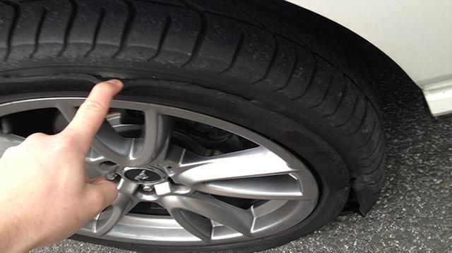 Những thủ phạm gây tổn thọ cho lốp xe của bạn